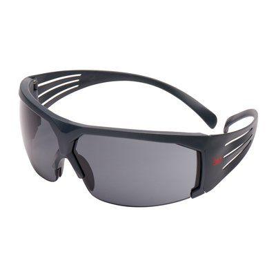 3M SecureFit Schutzbrille mit grauem Rahmen, Scotchgard Anti-Fog-Beschichtung, grau, SF602SGAF-EU